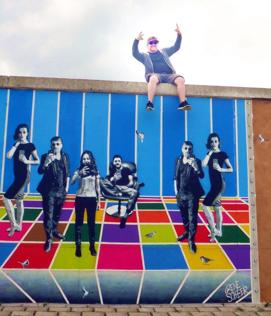Farbflutfestival 2018 in Lemwerder bei Bremen, graffiti, streetart und Malerei treffen im Sommer aufeinander und gestalten die längste Freiluftgalerie in Deutschland.